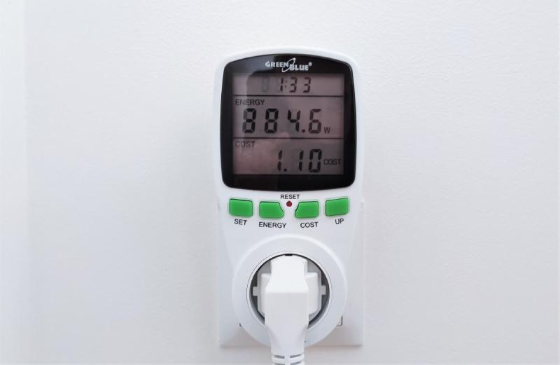Odczyt poboru mocy podczas pracy klimatyzatora Whirlpool PACW29COL