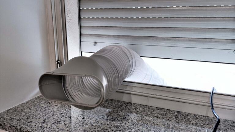 Rura wyrzutowa klimatyzatora Eberg Qubo Q40NE, dostarczająca zimne powietrze
