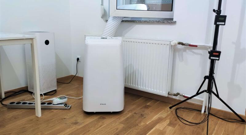 Klimatyzator przenośny z zamontowaną rurą Fersk Vind test nachlodno.pl